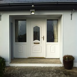 Dillon - white door and sidelight - 96